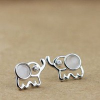 Lovely Elephant Sterling Silver Stud
