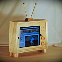 The retro style &quot;iPad TV&quot; custom handmade wooden docking stand for iPad 1, 2, 3 and 4