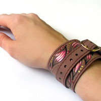 Leather bracelet, Brown color, Painted leather cuff