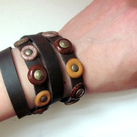 Leather bracelet in Brown tones
