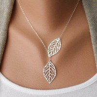 Vintage big leaves clavicle chain necklace