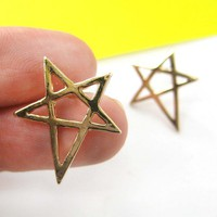 Rocker Chic Star Shaped Outline Stud Earrings in Gold