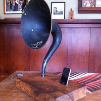Vintage Gramophone IPHONE Player Turkish Walnut by IndianvsIndian
