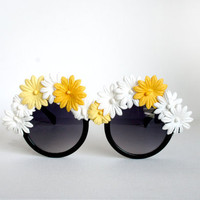 Daisy Flower Rimmed Oversized Black Circle Boho Sunglasses