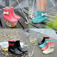 Bow ♡ Rainboots
