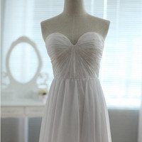 Vintage Inspired Lace Chiffon Wedding Dress Strapless Sweetheart A LINE Bridal Gown with Train Organza Bow Sash