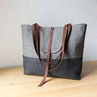 2Tone Tote in Pure Wool Herringbone by infusion on Etsy