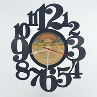 Vinyl Clock (artist is KISS)