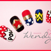 Wonder Woman Comic Book Nails by KawaiiFactory on Etsy