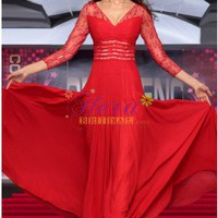 Flamboyant 3/4 Long Sleeves V-neck Red Lace Evening Dress