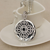 Dainty Chic Silver Tracery Nature Long Pandent : Wholesaleclothing4u.com