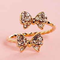 Bowfinger Gold Rhinestone Bow Ring