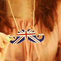 Hot UK Flag Mustache Design Union Jack Pendant Woman Necklace Chain