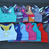 NIKE WOMEN&#x27;S SPORTS BRA PRO COMBAT