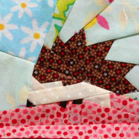 Lil' Hedgehog Paper Piecing Pattern Quilt Block | Los Angeles Needlework