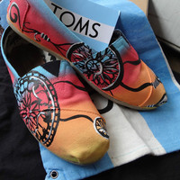 Women&#x27;s Custom Toms Colo...