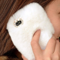 White Furry IPhone 5 Case For Winte.. on Luulla