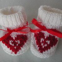 Valentine Knit Baby Booties for Newborn