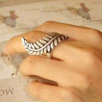 Silver Roman Empire Caesar Leaf Ring