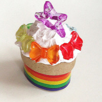 OVAL RAINBOW BOX - tiny - 3 x 2.5 x 2.4 cm