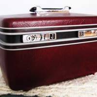 vintage Samonsite Sentry oxblood train case. overnight bag. make up case. red vegan case. Valentines day gift