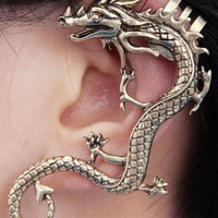 New stylish designer's ear cuff