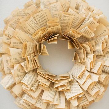Book Wreath MEDIUM by mermaidmarket on Etsy