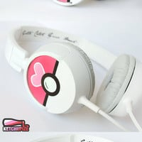 Love Ball Poke-phones Headphones earphones heart white pink hand painted girly Valentine&#x27;s Day