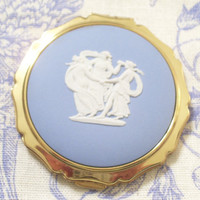 Vintage Stratton Three Graces English Wedgewood Jasperware Compact Case Original Pouch