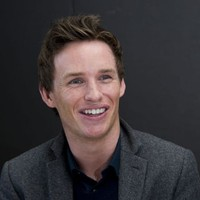 Eddie Redmayne posed for pictures during the &#x27;Les Miserables&#x27; Musical Photocall at the Mandarin Hotel in New York City on 2 December 2012.