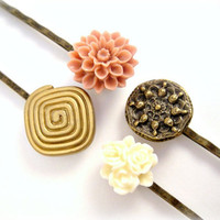 Flower and Button Bobby Pin Set 4 Pins by shopkim