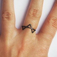 Three Spikes Ring,  Silver, Oxidized, Geometric Triangle Ring, Three Black Spikes Ring, Thin Ring