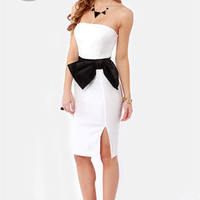 LULUS Exclusive Stunning Side Up Strapless White Dress