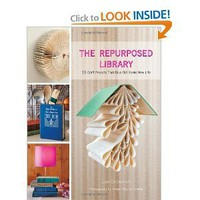 Amazon.com: The Repurposed Library: 33 Craft Projects That Give Old Books New Life (9781584799092): Lisa Occhipinti: Books