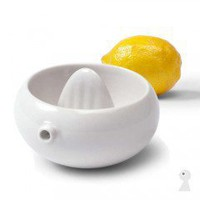 designdelicatessen - Tonfisk - Oma - Lemon squeezer  - Accessories