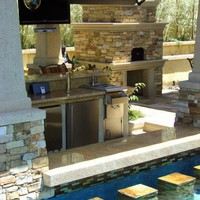 Exterior / outdoor kitchen
