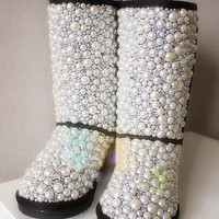customize rhinestone bling hello kitty shoe  boot ugg handmade
