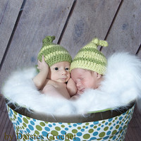 Crochet Baby Hats for twins boys or girls Dusty by daisiescrochet