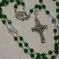 St Patrick rosary green by HeavenlyDews on Etsy