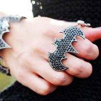 Punk Bat Double Ring on Luulla