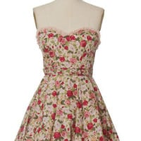 Trendy & Cute Clothing - Minuet - Floral Picnic Dress - chloelovescharlie.com | $66.00