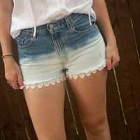 Dip Dye Peeking Lace Shorts