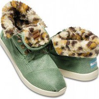 Highlands Green Leopard Fleece Women&#x27;s Botas | TOMS.com