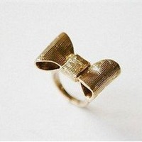 Bow Peep Ring