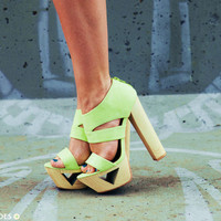Women's Shoes, Teen Clothing, Hot Shoes, Trendy Dresses, Cute Clothes, Teen Dresses | GoJane.com
