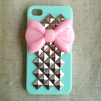 Pink Bow With Pyramid Studded Iphone 4/4s