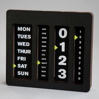 Perpetual Calendar By Caste - $180 | The Gadget Flow