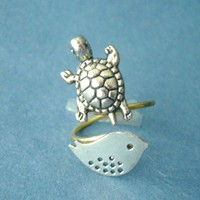 Silver Turtle Ring With A Bird, Wra.. on Luulla