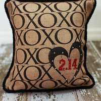 XOXO Feb 14 Valentine decor pillow by MonMellDesigns on Etsy