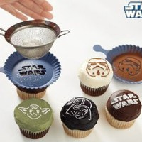 Amazon.com: Star Wars Cupcake Stencils: Kitchen & Dining